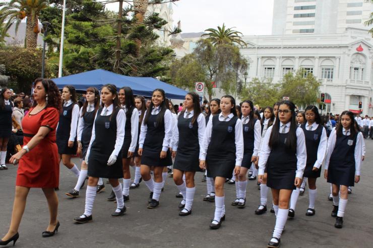 Resultado de imagen para desfile colegio